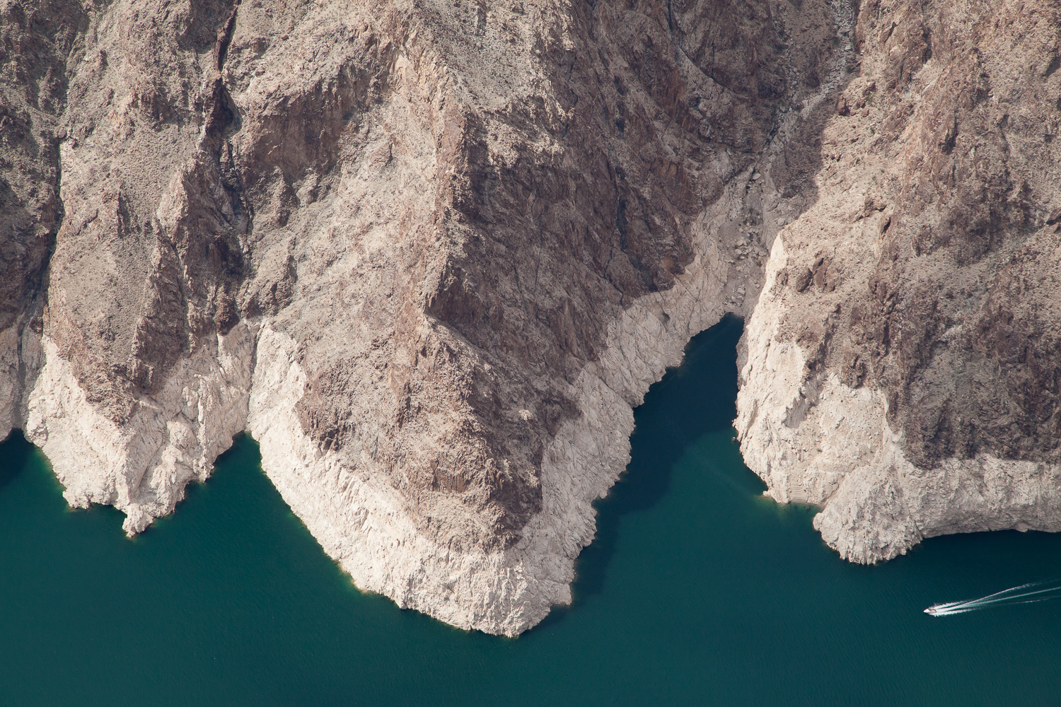 #nevada #aerial #aircam #adventure #joshnewman #lakemead #westfromabove
